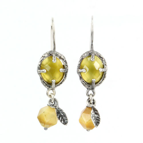 Earrings E 18A11 E