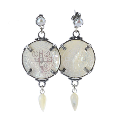 Earrings E 19A02