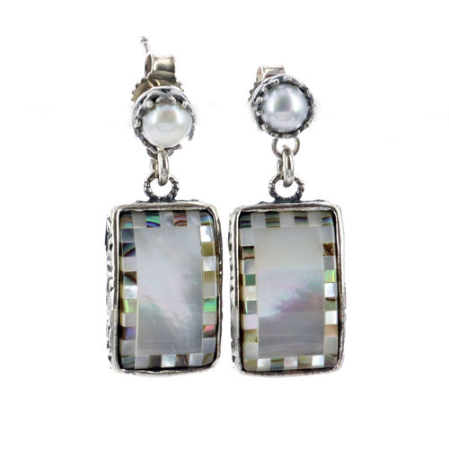 Earrings E 18E07 A